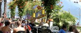 Camping Gardenia, het terras aan het Comomeer